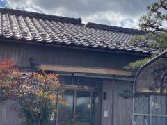 N様邸 玄関樋工事・軒天板金張り工事・壁板金張り替え工事